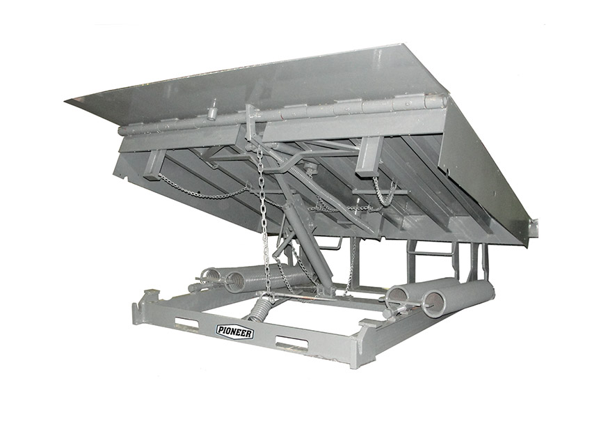 C Series Mechanical overhead doors