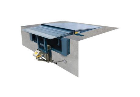 TLH –  Horizontal Storing TELESCOPING-LIP Dock Leveler overhead doors