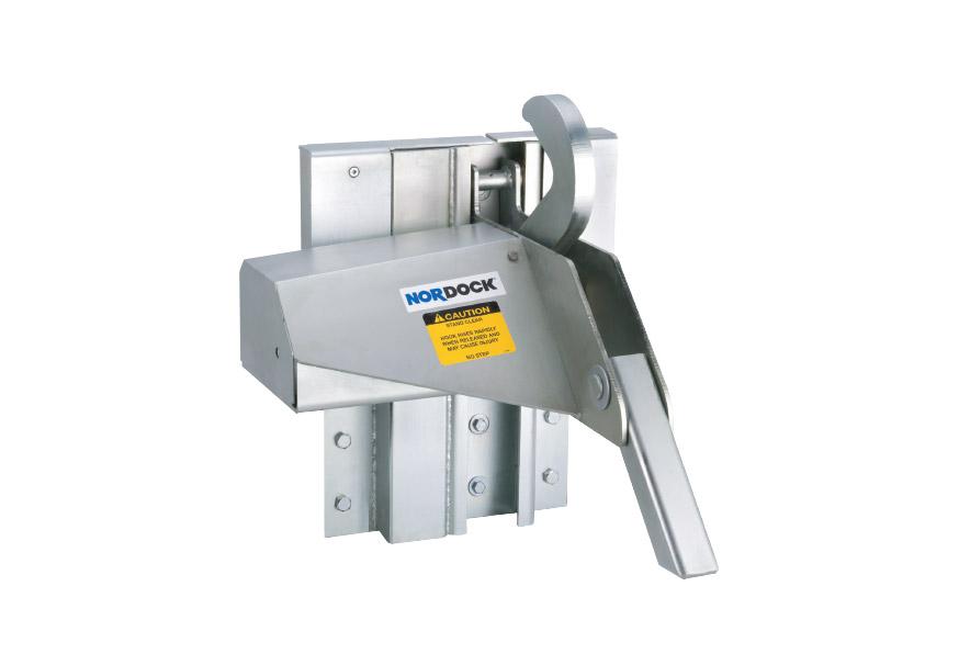 SMART-HOOK™ AR-9500 overhead doors